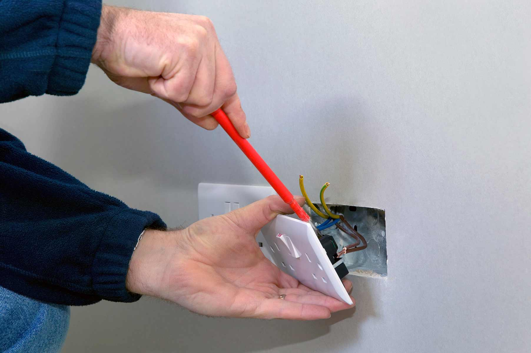 Our electricians can install plug sockets for domestic and commercial proeprties in Nine Elms and the local area.